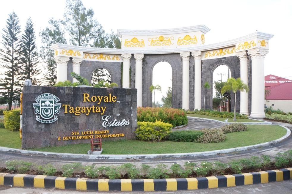 Tagaytay_Royale_Estate_1.jpg