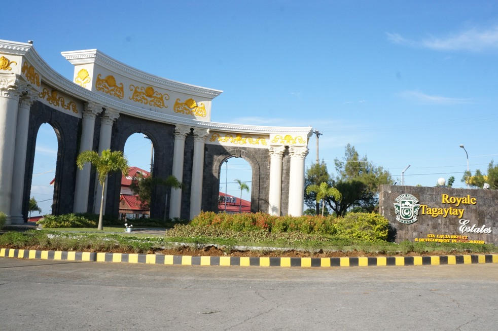 Tagaytay_Royale_Estate_3.jpg