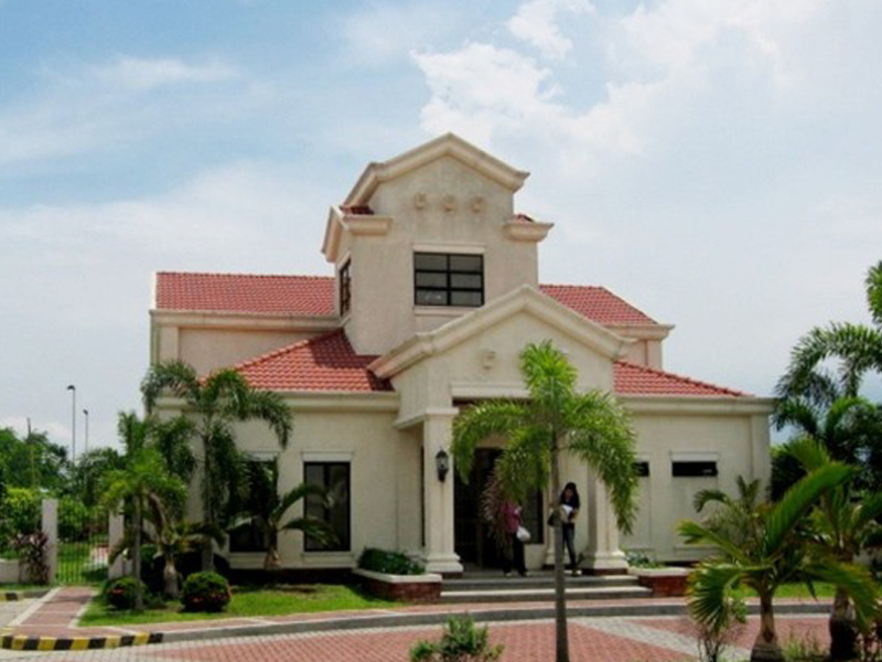 clubhouse_2.jpg