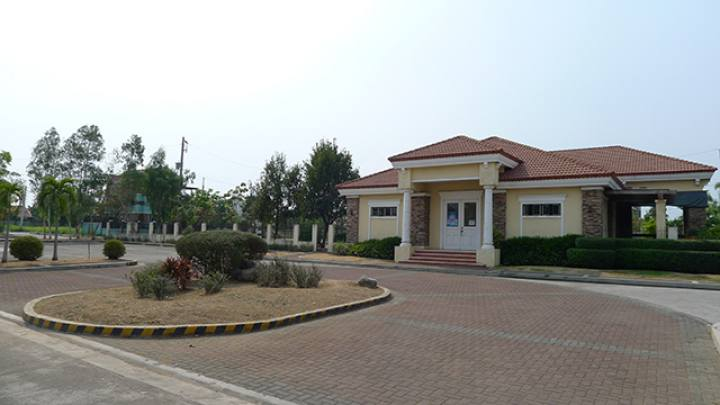 itcwoodlands_clubhouse1.jpg